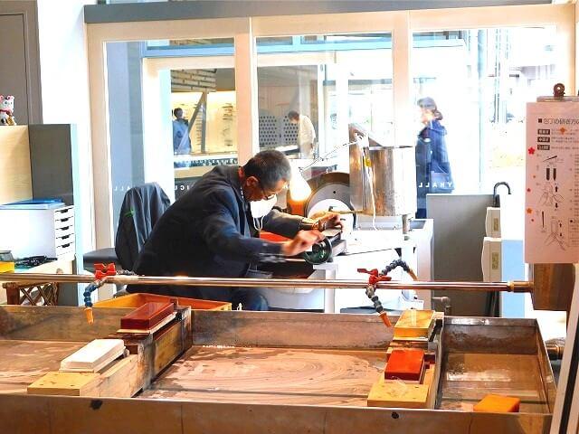 包丁 荒研ぎ プロ せきてらす 刃物会館 岐阜県関市